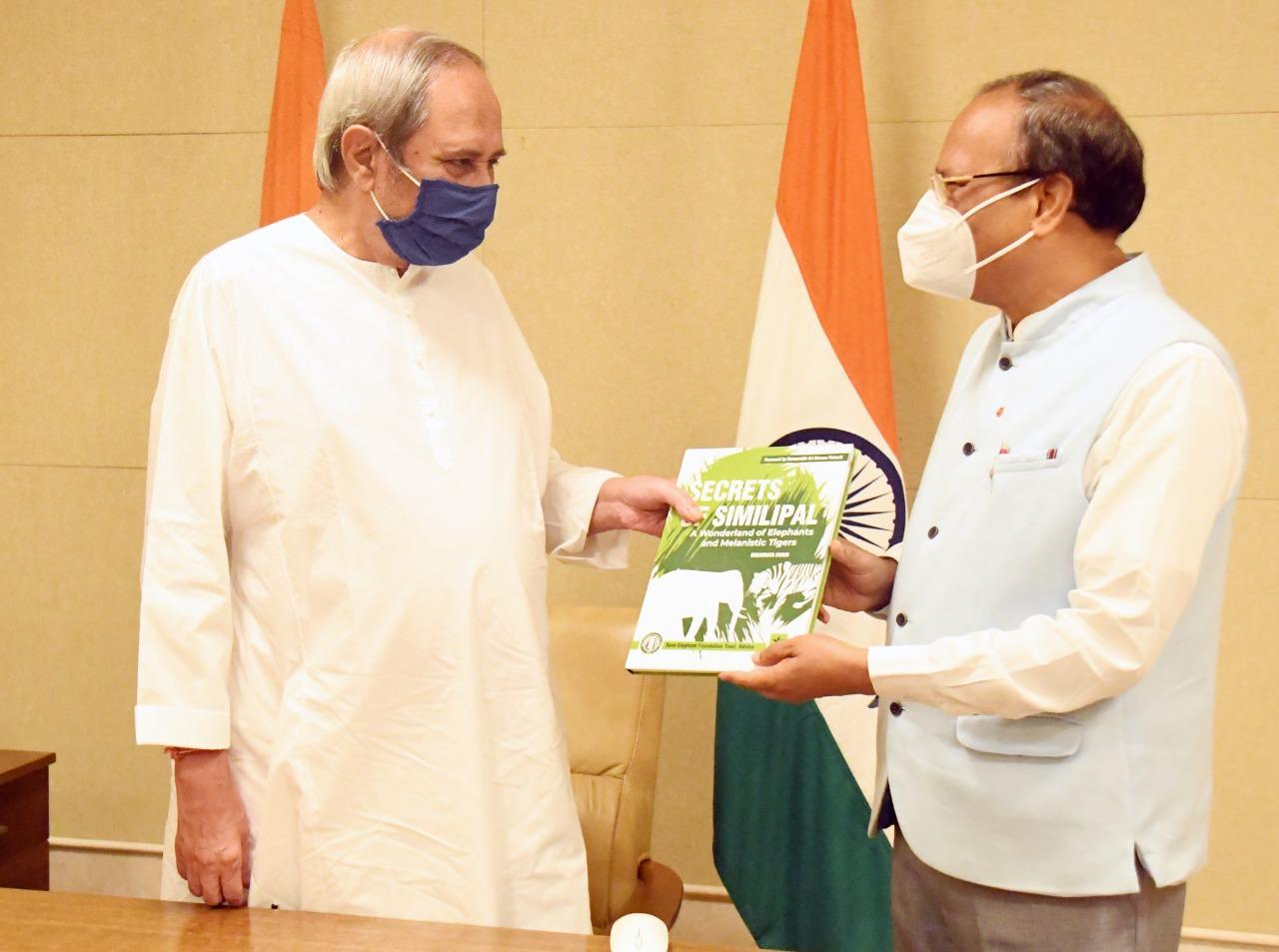 Lokayukta Member Dr. Swain Presents His Book 'Secrets of Similipal' to Chief Minister
